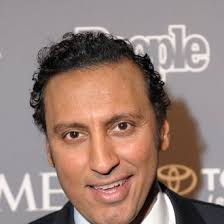 Aasif Mandvi Turned Down a Chance to Have His Picture Taken With ...