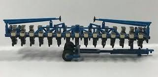 1 64 Kinze Model 3600 16 Row Planter Daltons Farm Toys