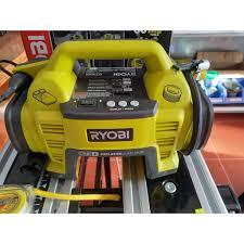 Máy bơm hơi dùngg pin ryobi CIT1800G