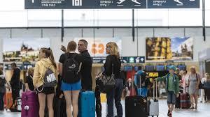 Cestující už nemají nárok na finanční odškodnění za zrušený let kvůli  uzemnění boeingů | Hospodářské noviny (iHNed.cz)
