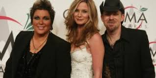 Sugarland Settles Feud With Former Member Kristen Hall | OK! Magazine