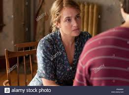 Left to right) Kate Winslet is Adele and Gattlin Griffith is Henry in LABOR  DAY Written
