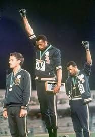 Weekend Reading List | Black power, Tommie smith, Fotos