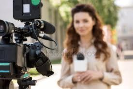 Fotos de Microfono televisión de stock, imágenes de Microfono ...