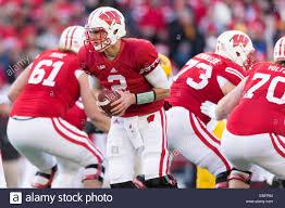 November 29, 2014: Wisconsin Badgers quarterback Joel Stave #2 hands Stock  Photo - Alamy