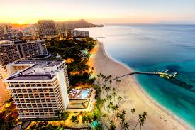visiting hawaii by cruise or by land