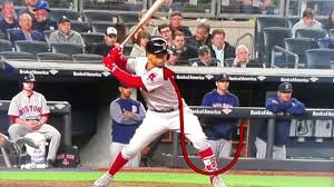Mookie Betts Swing Mechanics Breakdown ...