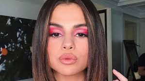 selena gomez smokey eye makeup