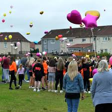 Friends of tragic schoolgirl Ava Gray pay tribute in touching balloon  release - Daily Record