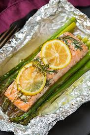 baked salmon in foil with asparagus