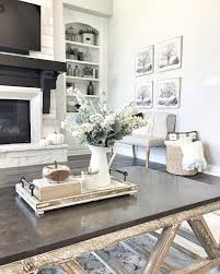 farmhouse coffee table decorating ideas