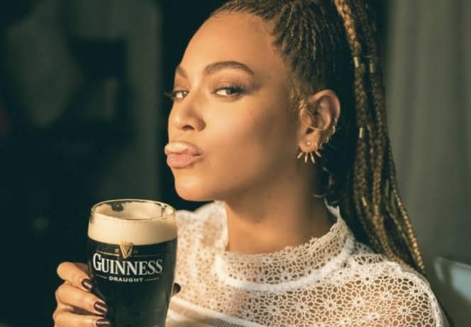 """Resultado de imagem para mulher cerveja"""""""