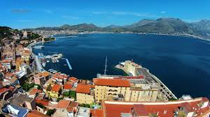 In Volo Sul Golfo: Gaeta (1404-02) - YouTube