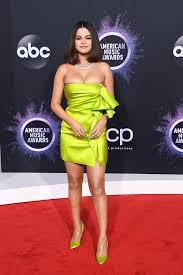 Selena Gomez's Lime Green Versace Dress at the AMAs   POPSUGAR Fashion  Australia
