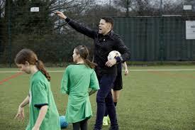James Beattie joins Swanmore College Girls on new 3G pitch - SheKicks