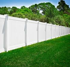 Pvc Vinyl White Privacy Fence From Illusions Vinyl Fence Traditional Garden New York By Illusions Vinyl Fence Houzz Uk