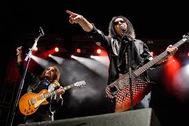 Ace Frehley Calls Out Gene Simmons, Says He Groped His Wife