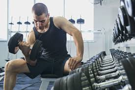 building muscle size versus strength