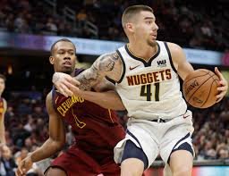Juan Hernangomez sparks Nuggets' win over Cavs