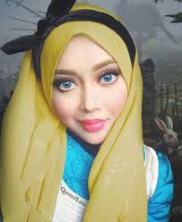 this makeup artist uses her hijab to