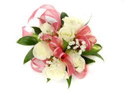 spray rose corsage wristlet large