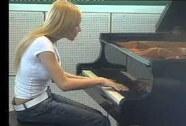 Alice Severi, morta l'ex bambina prodigio del pianoforte
