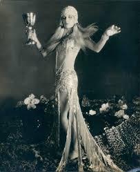 "Evelyn Brent ""Siren of the Nile"" | Vintage movie stars, Vintage portraits,  Vintage movies"