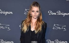 Abbey Lee Kershaw Lifestyle, Height, Wiki, Net Worth, Income, Salary, Cars,  Favorites, Affairs, Awards, Family, Biography & Facts - Topplanetinfo.com |  Biography of Famous People