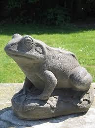 frog garden statue escultura de