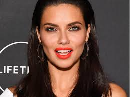 Adriana Lima's secret to perfect eyelashes is never taking off mascara -  Insider