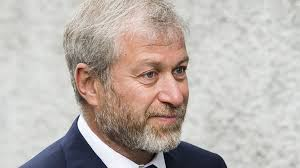 Roman Abramovich, Chelsea owner, 'withdraws' UK visa application - BBC News