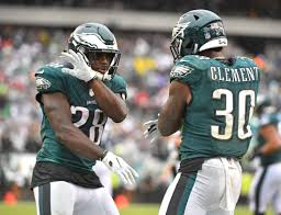 Eagles backs Corey Clement, Wendell Smallwood shine in win over Colts