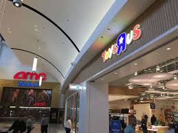 toys r us reopens in n j here s a