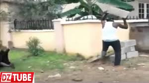 إفريقي عجيب مقطع مضحك هههه Funny African Youtube
