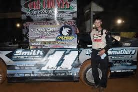 Dirt on Dirt - Morris races to Thunder victory at Tri-County