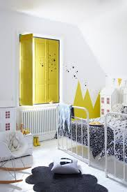 5 Brilliant Yellow Paint Accents For A Kids Room Petit Small