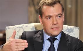Dmitry Medvedev muses on aliens and Vladimir Putin's lateness