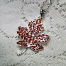canadian red maple leaf necklace