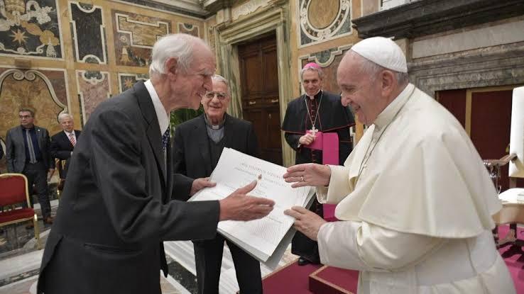 """Resultado de imagem para Prêmio Ratzinger: o dever da Teologia é manter o diálogo com as culturas"""""""