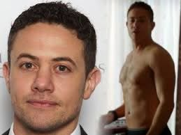 He's cute in the photo on the left, but the one on the right has me a bit  distracted! | Warren brown, British men, Pretty people