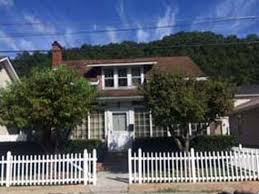 136 Myra Barnes Ave, Pikeville, KY 41501 | Zillow