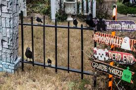 How To Make A Diy Halloween Cemetery Picket Fence Entertaining Diva From House To Home