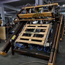 blocks pallet nailing machine