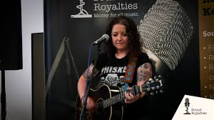 Ashley McBryde Fat And Famous - Live ...