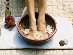 home remes for swollen feet