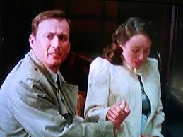 Anthony Howell as DS Milner and Polly Maberly as Edith Milner. In this  episode:'All Clear', Milner is about to… | British tv series, Inspector  lewis, Wit and wisdom