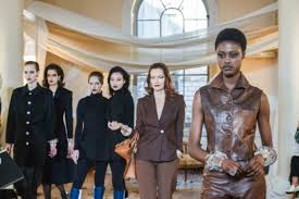"""Selina Giles on Twitter: """"This was a really fun experience- being part of a  fashion show for the designer DoraTeymur last week. #LondonFashionWeek…  https://t.co/C1OKLBmHqm"""""""