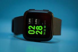 Fitbit Versa review: A lower-cost Apple Watch alternative - CNET