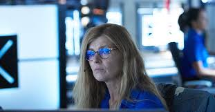 Connie Britton returning for 9-1-1 season 3 finale: Watch trailer | EW.com