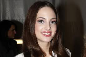 Alexa Ray Joel, Billy Joel's daughter, will perform April 1-12 in ...